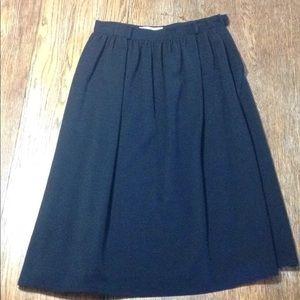 Vintage Valentino size 44 below knee black skirt